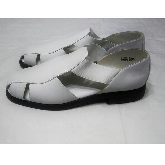 507d1a714 Judith Shoes - Judith White Rosemary Leather Sandals Size 8.5W